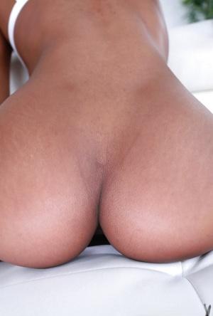 Ebony Pussy Close Up Porn